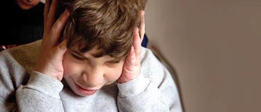 Joven con autismo