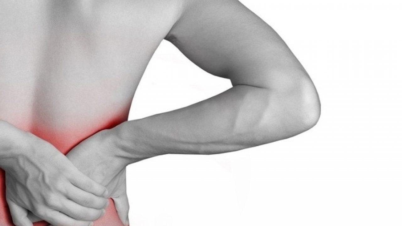La derecha al bajo correr costilla dolor