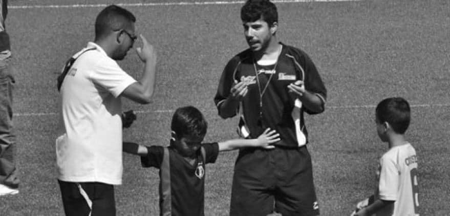 Árbitro y entrenador