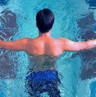 gimnasia en piscina