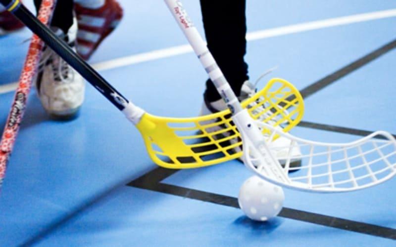 floorball en educación física