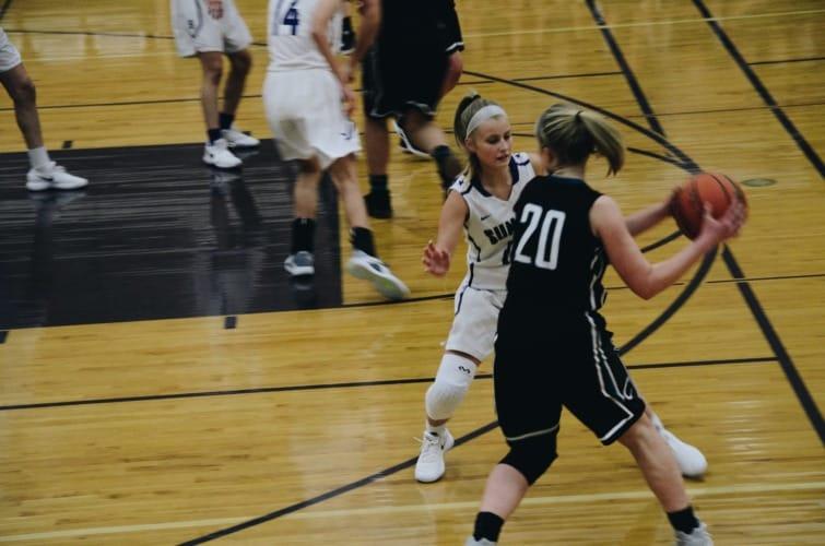 defensa en baloncesto femenino