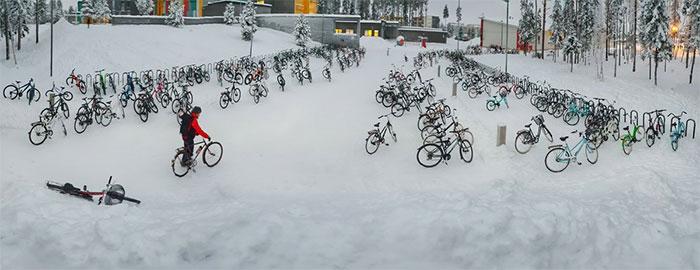 En Finlandia es común moverte en bici.