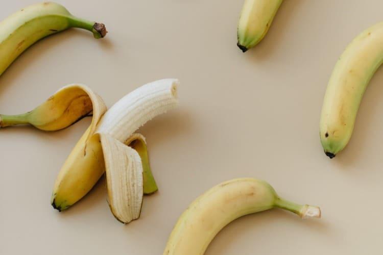 dependiendo de lo maduro que esté las propiedades del plátano pueden variar.